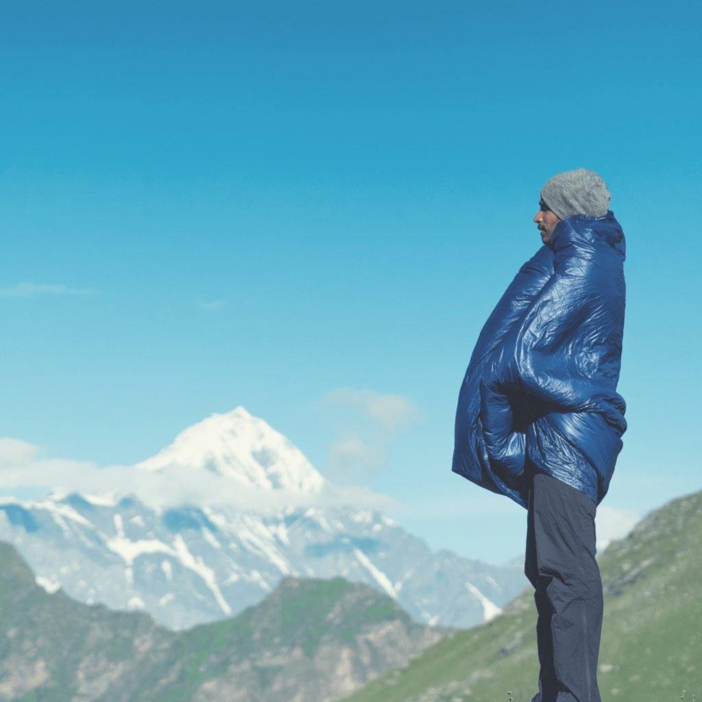 blue-bolt-solo-quilt-camp-blanket